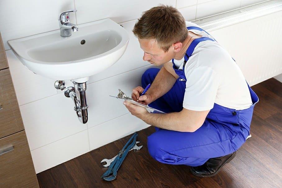 услуги сантехника в москве фото