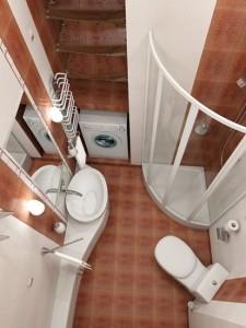 Как расширить тесную ванную комнату навсегда