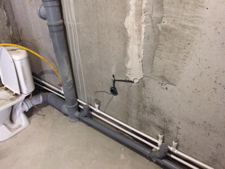 монтаж труб водоснабжения из полипропилена